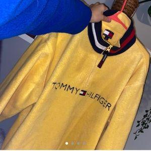 Tommy Hilfigure Fleece Quarter Zip